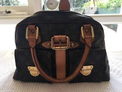 Limited Edition Louis Vitton (Paris) Handbag