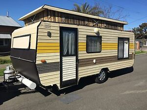 Spaceline Caravan Poptop - (Double bed & Annex) Seaton Charles Sturt Area Preview