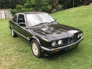 1984 BMW e30 JPS Flinders View Ipswich City Preview