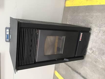 Pellet Heater - Medium Mount Waverley Monash Area Preview