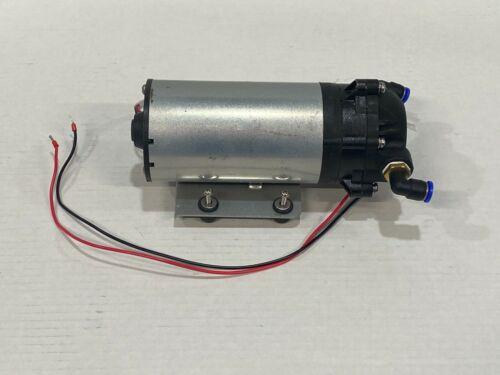 Sandstone Ultralight Q Water Pump