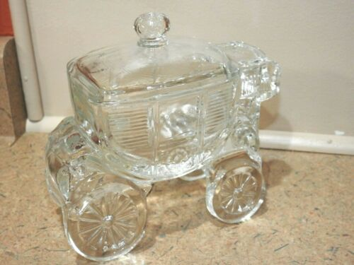 Vintage Horse Carriage Clear Glass Candy Dish - Heavy - EUC!