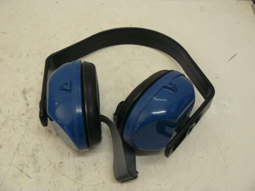 WILLSON SOUND BARRIER EAR MUFFS MODEL 365/365A W/STRAP