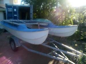 surf catamaran  about  13 ft Banksia Beach Caboolture Area Preview