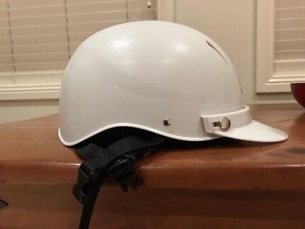 GG Rider Helmet 59-61cm