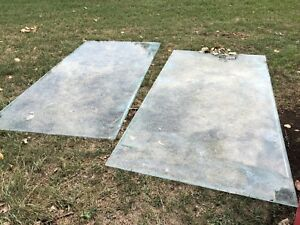 Large sheets of glass