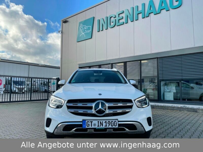 Mercedes-Benz  GLC 220 d 4Matic /Navi / MBUX / akt. Parkass /.