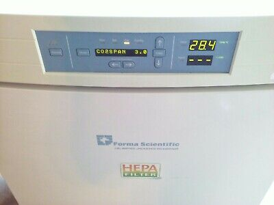 Thermo Forma Series Ii Water Jacketed Hepa Co2 Incubator 3110 With Racks
