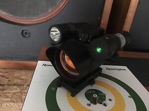 Red Dot Vism with Green Laser and Tactical Flashlight