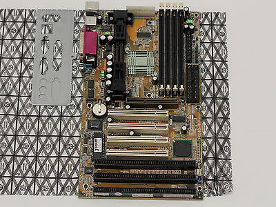 Tekram P6B40-A4X, Slot 1, Intel 440BX AGP, SDRAM, ATX - WORKING VINTAGE! 4 X Agp Slot