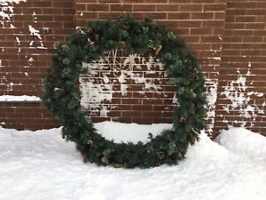 """Beautiful  60"""" Outdoor Lighted Christmas Wreath"""