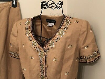 Donna Morgan 8 Tan Embroidered Floral Linen Rayon Short Sleeve Top Skirt Suit