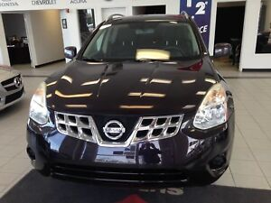 2012 Nissan Rogue SV / camera/ sieges chauffants / a/c