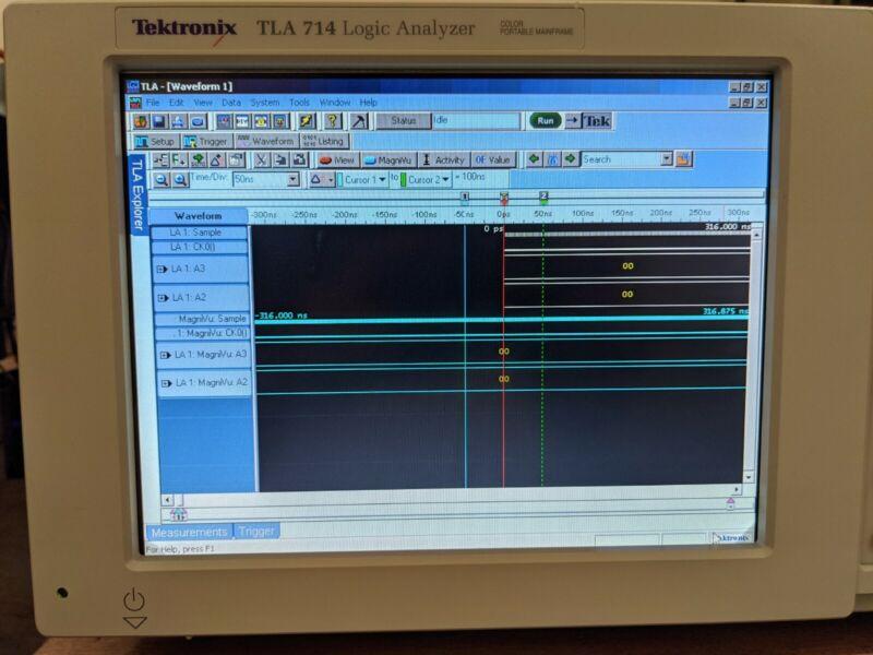 Tektronix TLA714 Logic Analyzer (Mainframe only)