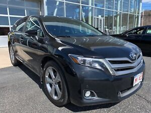 2016 Toyota Venza V6 - Leather - moonroof- AWD