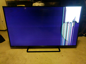 Panasonic LCD TV 55 inch Eatons Hill Pine Rivers Area Preview