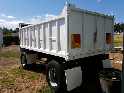 2 Axle West Trans Dog Tipper