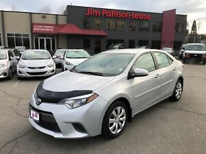2016 Toyota Corolla LE w/backup cam, heated seats, bluetooth