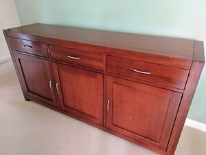 Dark-wooden sideboard - excellent condition. Nunawading Whitehorse Area Preview