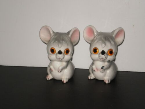 VINTAGE GRAY MOUSE SALT N PEPPER SHAKERS  1970