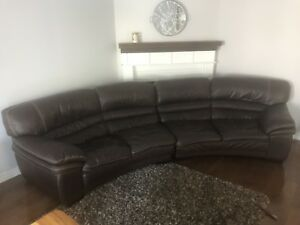 Sectional sofa leather