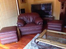 Burgundy leather lounge Casula Liverpool Area Preview