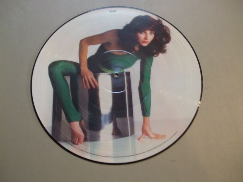 KATE BUSH PICTURE DISC RECORD THE KICK INSIDE LIMITEDEDITION EMCP 3223 EMI RECOR
