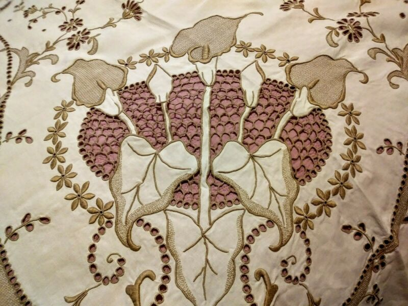 """Marghab Quality Calla Lily Design Embroidered Madeira Tablecloth 98"""" x 80"""""""
