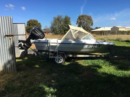 Pride runabout with 90hp outboard