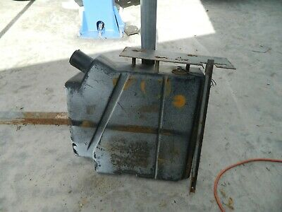 Bobcat 743 Fuel Tank Engine Injection Pump Drive Motor Lift Tilt Boom Control