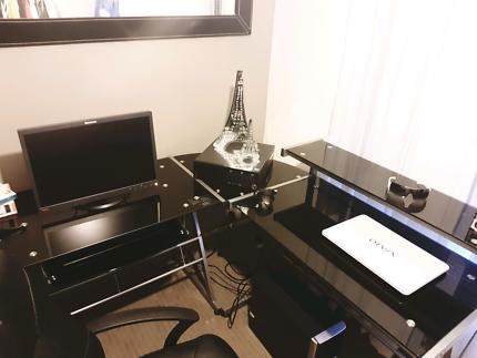 Corner gloos black computer desk like new