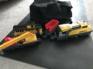 Caterpillar battery operated train and tracks