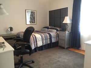 Chambre a louer Pointe-Claire Dorval Room for Rent