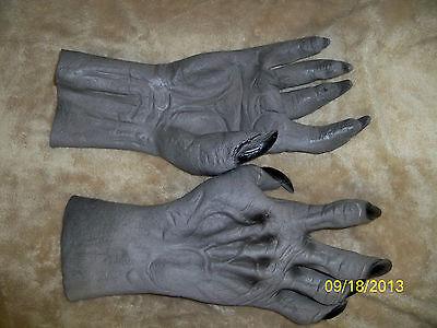 ADULT GREY WEREWOLF WOLF ANIMAL MONSTER HANDS GLOVES COSTUME DRESS DU984 - Wolf Hands