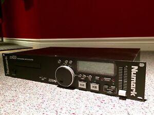 Numark MP 102 CD/MP3 player - Like New