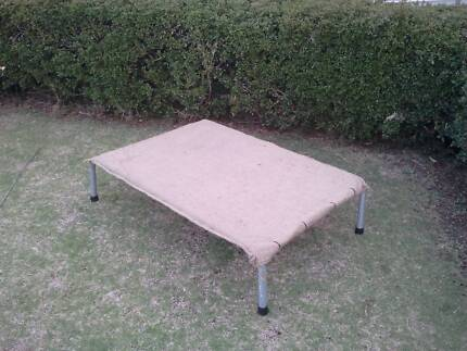 Trampoline Bed.( Medium ) Spearwood Cockburn Area Preview