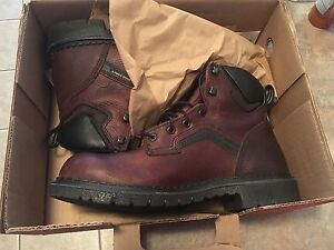 New redwing boots