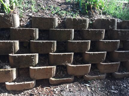 Retaining Wall Link Blocks Ferny Grove Brisbane North West Preview