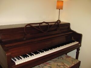 Piano console Georges Steck