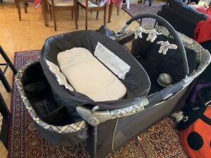 Playpen Safety 1st like new!