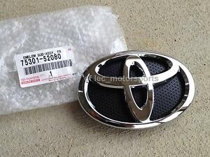 New OEM Toyota 07-10 Yaris 4dr Sedan Front Grille
