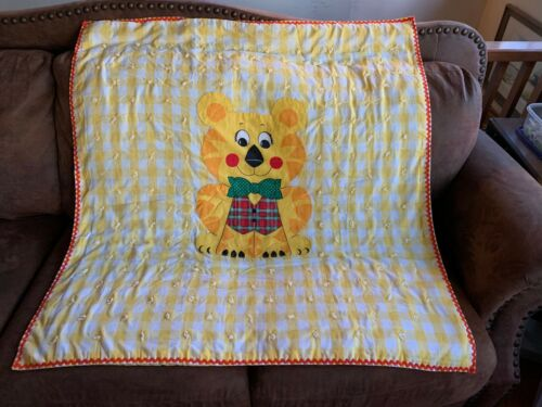 Darling Vintage Baby Crib Quilt Blanket ~ Yellow & White Gingham with LION