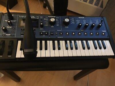 NOVATION Synthesizer MININOVA (UD9001020)