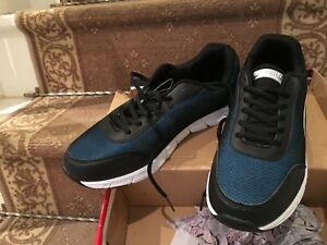 Men running shoes size 11.5 brand new