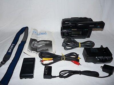 Видеокамеры Sony Handycam CCD-TR91 Stereo 8mm