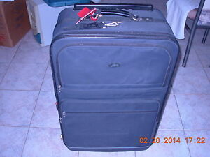 """Grande valise Skyway 31""""H, roues,section extensible,3 poignee ex"""