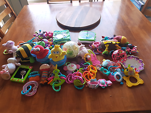 Bulk baby toys Berwick Casey Area Preview
