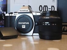 OLYMPUS OM-D EM-5 + LENS (+lens attachments) + HLD-6 Battery Grip Bassendean Bassendean Area Preview