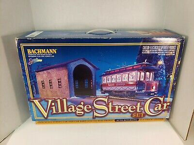 Bachmann Spectrum Village Street Car Set E-Z Track Christmas Train On30 READ