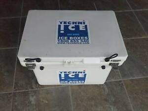 Ice Box, Esky, Cooler by techni ice
